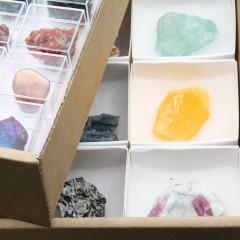 Verkoopdozen met Mineralen