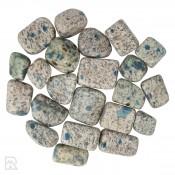 K2 Azuriet in Graniet Trommelstenen
